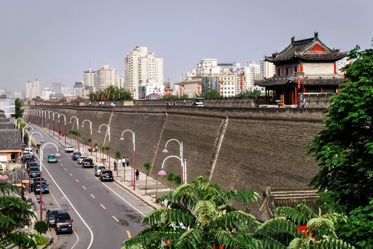 Photo. Xi'an. Ancient City Wall.
