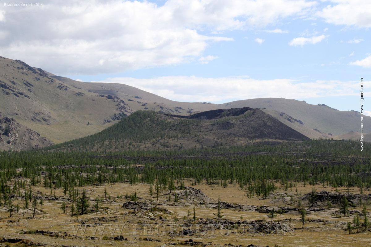 Потухший вулкан Хорго уул (мон. Хоргийн-тогоо). Архангайский аймак. Монголия.