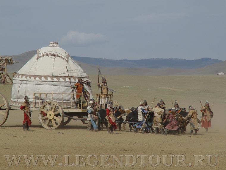 Pictures. Chinggis Khaans cavalry riders show.